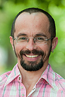 Dr. Mario Brondani